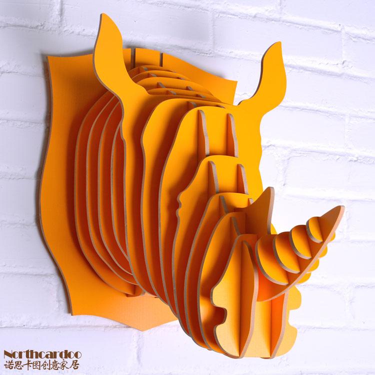 photo décoration murale animaux en bois